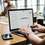 Obieg korespondencji w firmie – jak go usprawnić?
