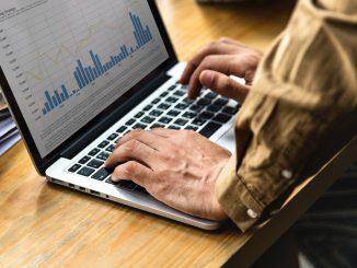 Oprogramowanie do tworzenia raportów i analiz