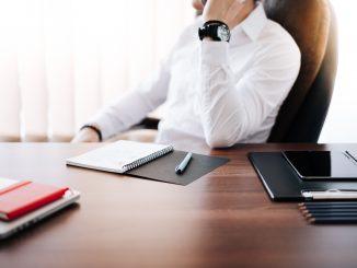 Jak przygotować się do wdrożenia elektronicznego obiegu dokumentów i CRM