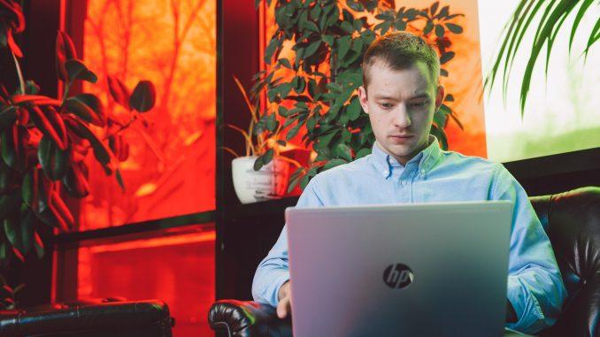 Systemy informatyczne w przedsiebiorstwie i ich zalety connecto